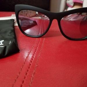 New Sunglasses Quay